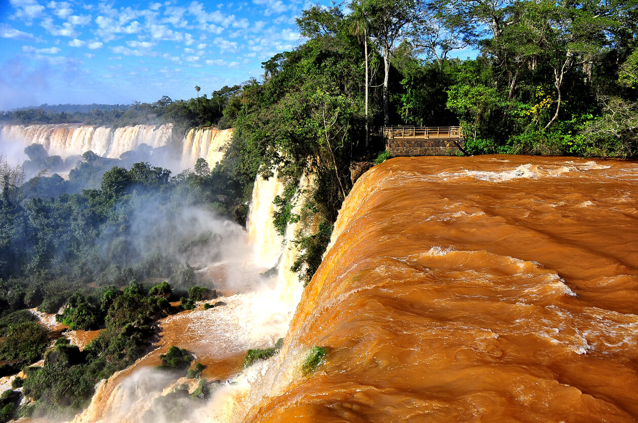 Puerto Iguazú. Fonte: Rod Waddington